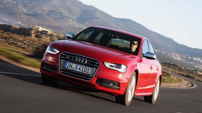 Immagine 39: Audi A4 e S4 2012: ora anche in video