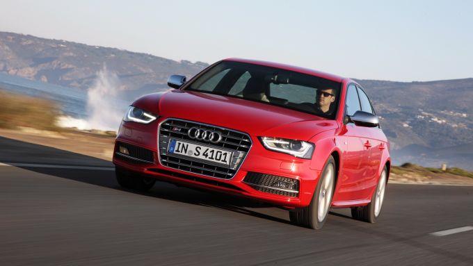 Immagine 38: Audi A4 e S4 2012: ora anche in video