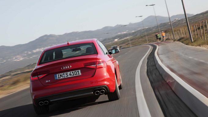 Immagine 55: Audi A4 e S4 2012: ora anche in video