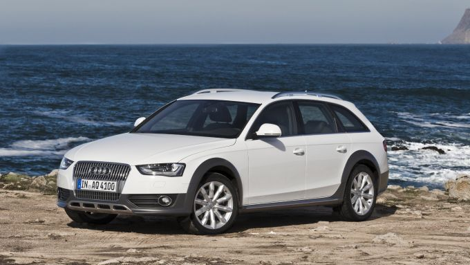 Immagine 36: Audi A4 e S4 2012: ora anche in video