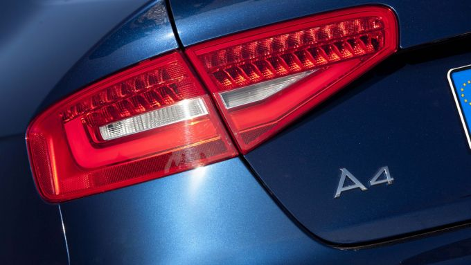 Immagine 15: Audi A4 e S4 2012: ora anche in video