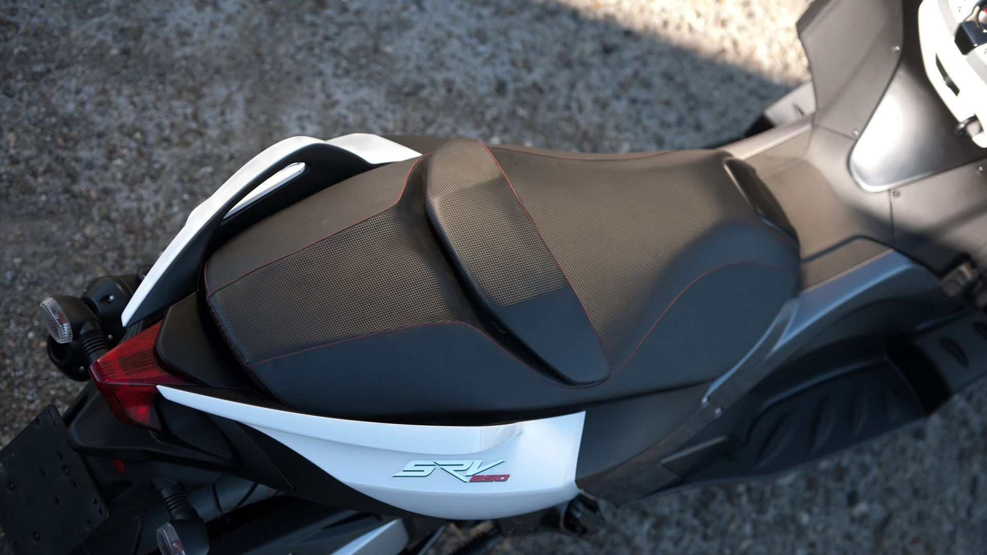 Immagine 40: Aprilia SRV 850, ora anche in video