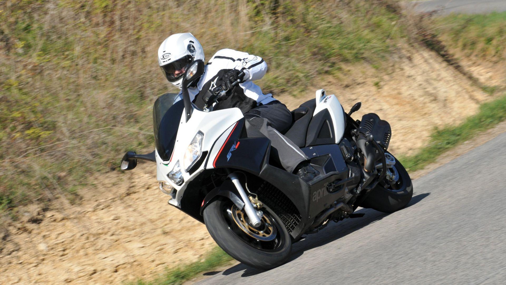 Immagine 5: Aprilia SRV 850, ora anche in video