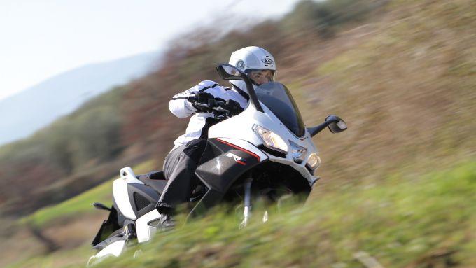 Immagine 10: Aprilia SRV 850, ora anche in video