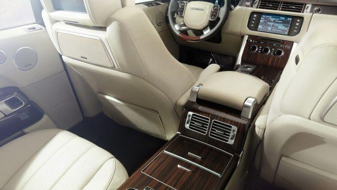 Immagine 21: Range Rover 2013, nuove foto e dati