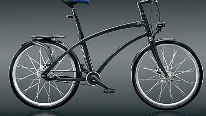 Immagine 2: LANCIA: UrbanBike, la bici da città