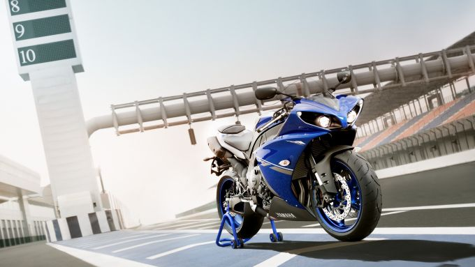 Immagine 0: Yamaha Race Blu Series