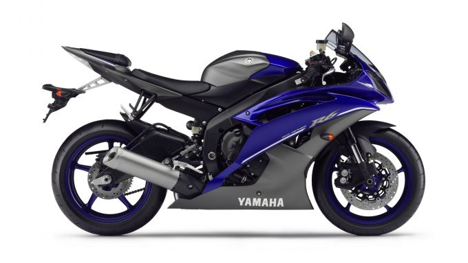 Immagine 4: Yamaha Race Blu Series