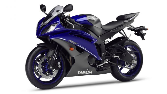 Immagine 9: Yamaha Race Blu Series