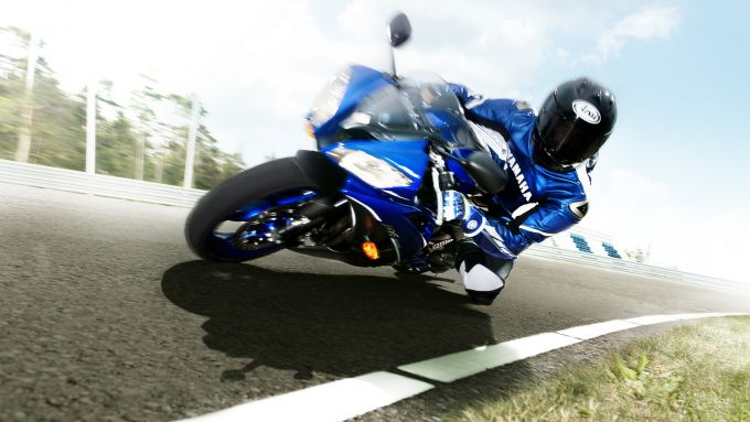 Immagine 10: Yamaha Race Blu Series