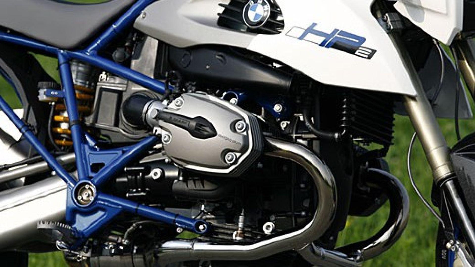 Immagine 16: BMW Megamoto