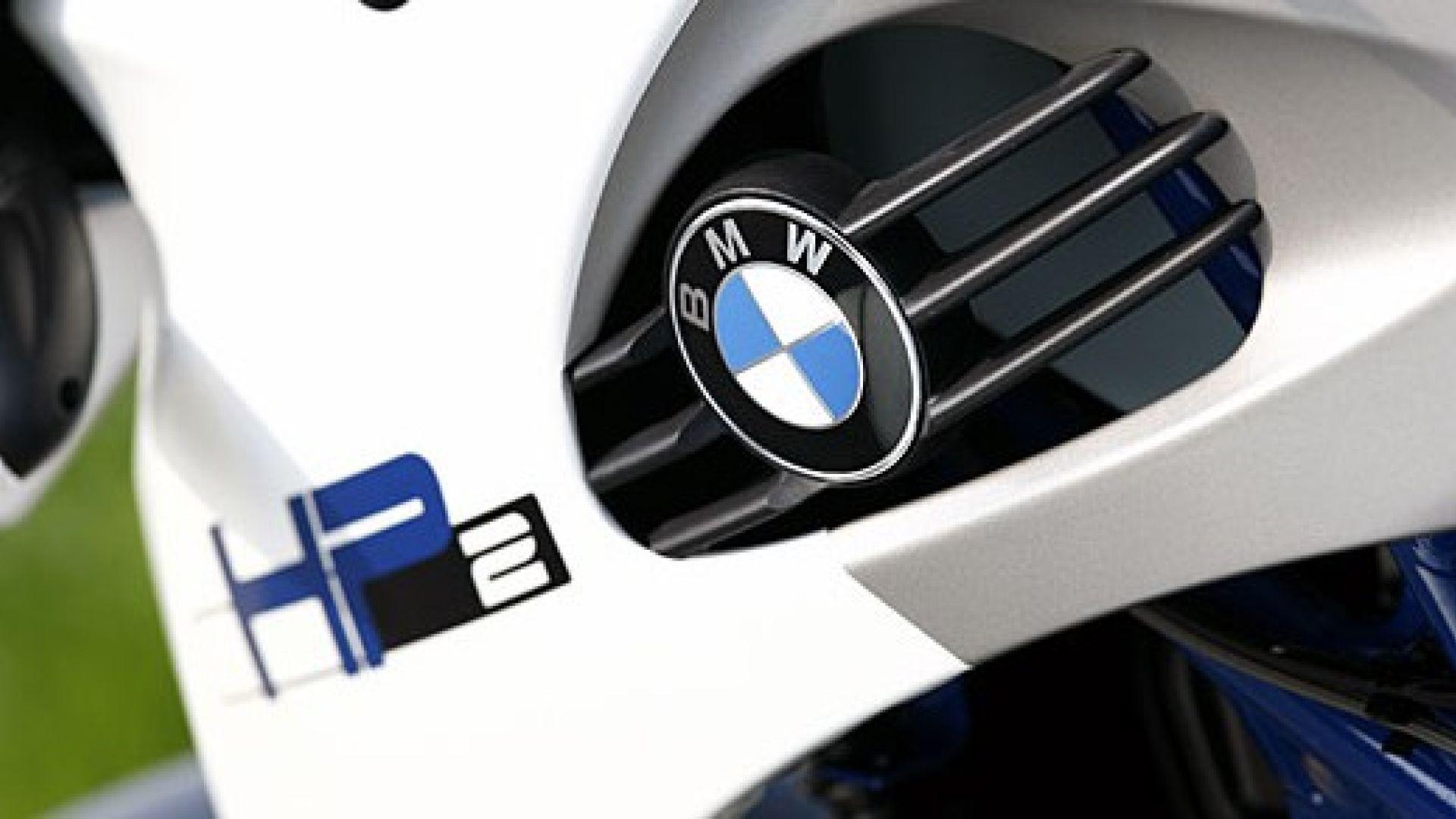 Immagine 29: BMW Megamoto