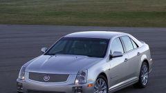 Cadillac STS-V e XLR-V - Immagine: 8