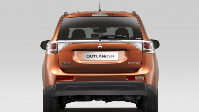 Immagine 35: Mitsubishi Outlander 2013