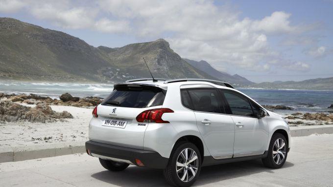 Immagine 10: Peugeot 2008
