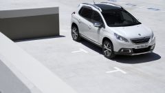 Immagine 2: Peugeot 2008