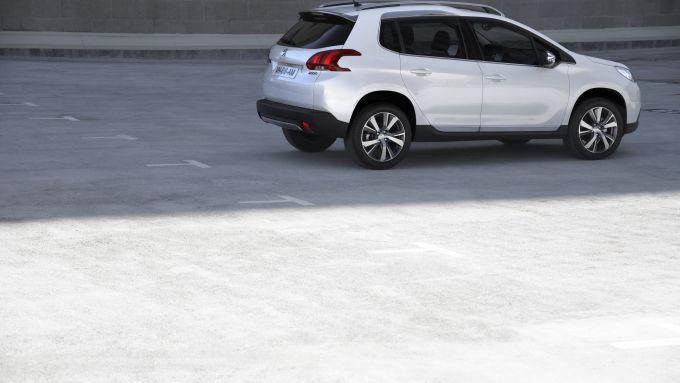 Immagine 18: Peugeot 2008