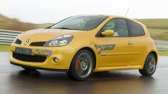 Renault Clio F1 Team R27 - Immagine: 1