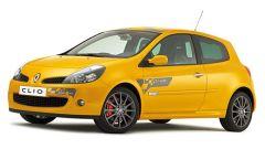 Renault Clio F1 Team R27 - Immagine: 18