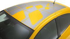 Renault Clio F1 Team R27 - Immagine: 28