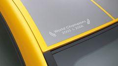 Renault Clio F1 Team R27 - Immagine: 29