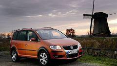 Volkswagen CrossTouran - Immagine: 15