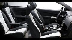 Volvo C30 D5 Momentum - Immagine: 14