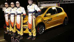 Renault Clio Renault F1 Team R27 - Immagine: 5