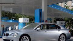 Bmw Serie 7 Hydrogen: ora è in vendita - Immagine: 5