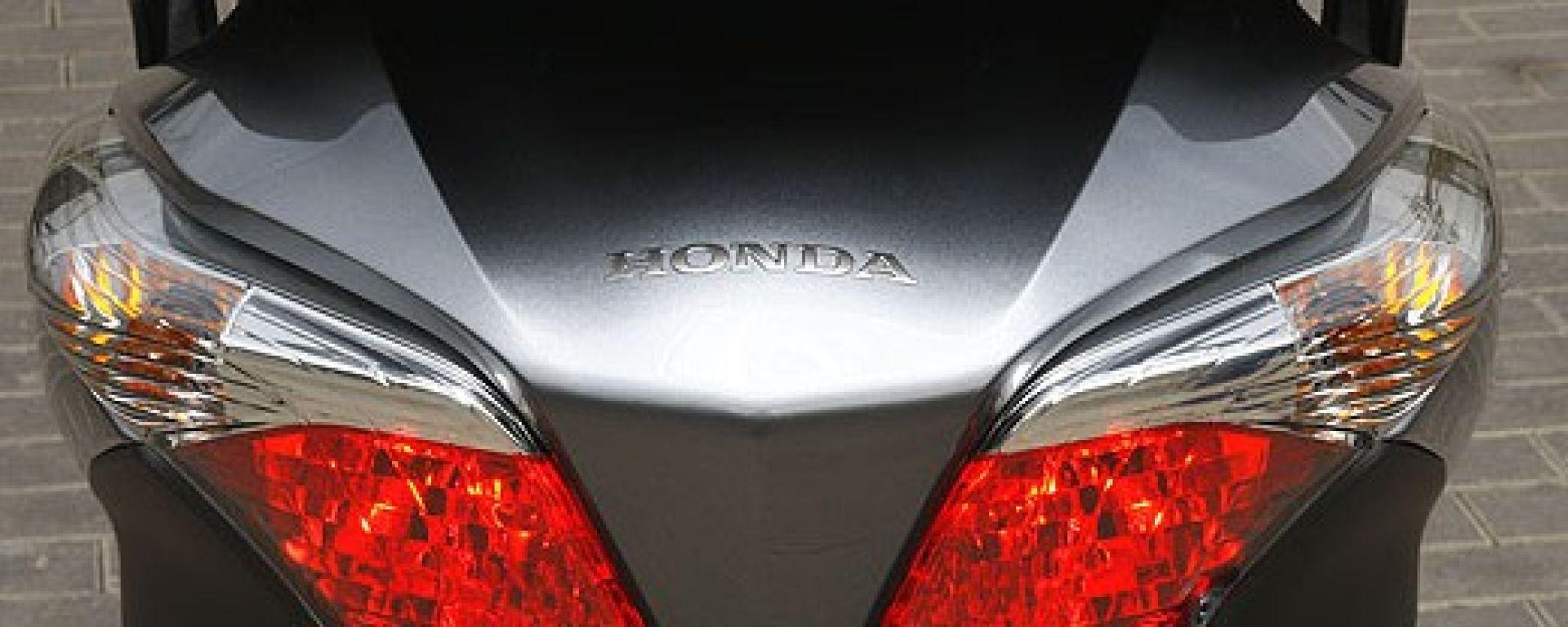 Honda SW-T400 2009