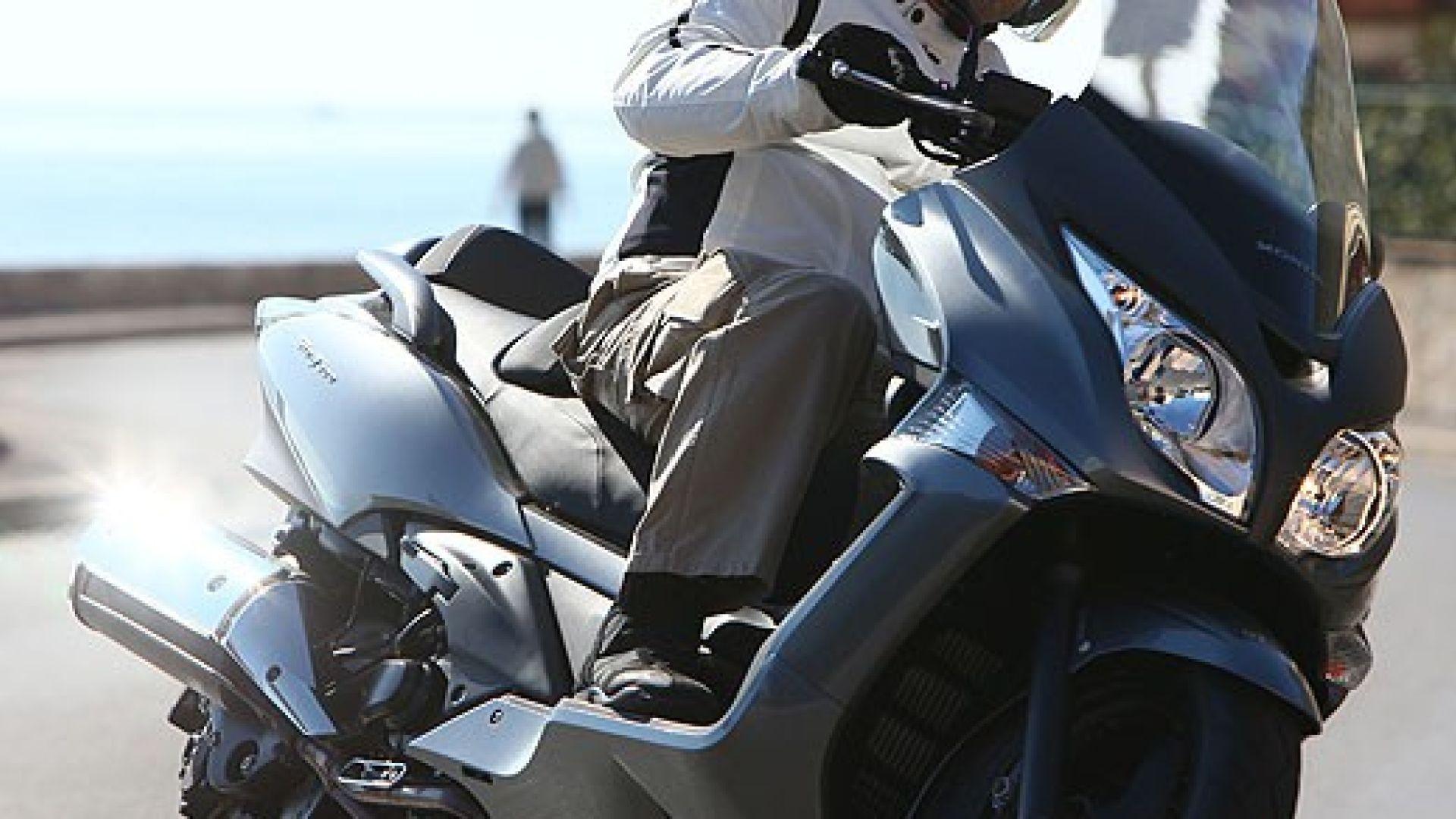 Immagine 4: Honda SW-T400 2009