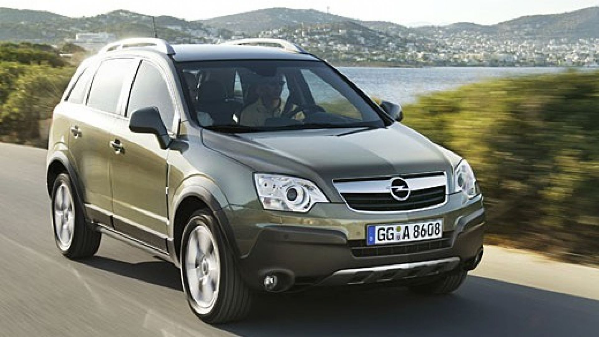 Immagine 15: Opel Antara