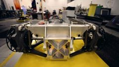 JCB DieselMax: come è fatta l'auto del record - Immagine: 38
