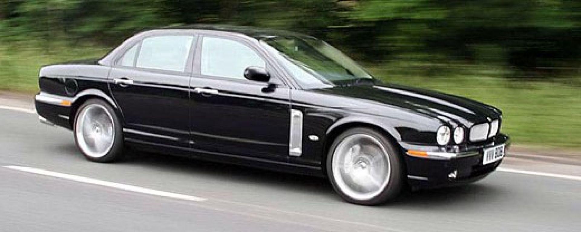 Jaguar XJR Portfolio: la perla nera