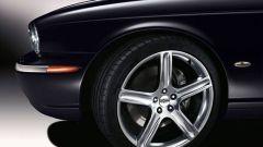 Jaguar XJR Portfolio: la perla nera - Immagine: 14