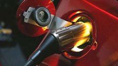 Tesla Roadster / L'auto elettrica risorge - Immagine: 4