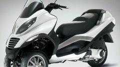 Piaggio MP3, lo scooter con tre ruote - Immagine: 2