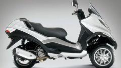 Piaggio MP3, lo scooter con tre ruote - Immagine: 3