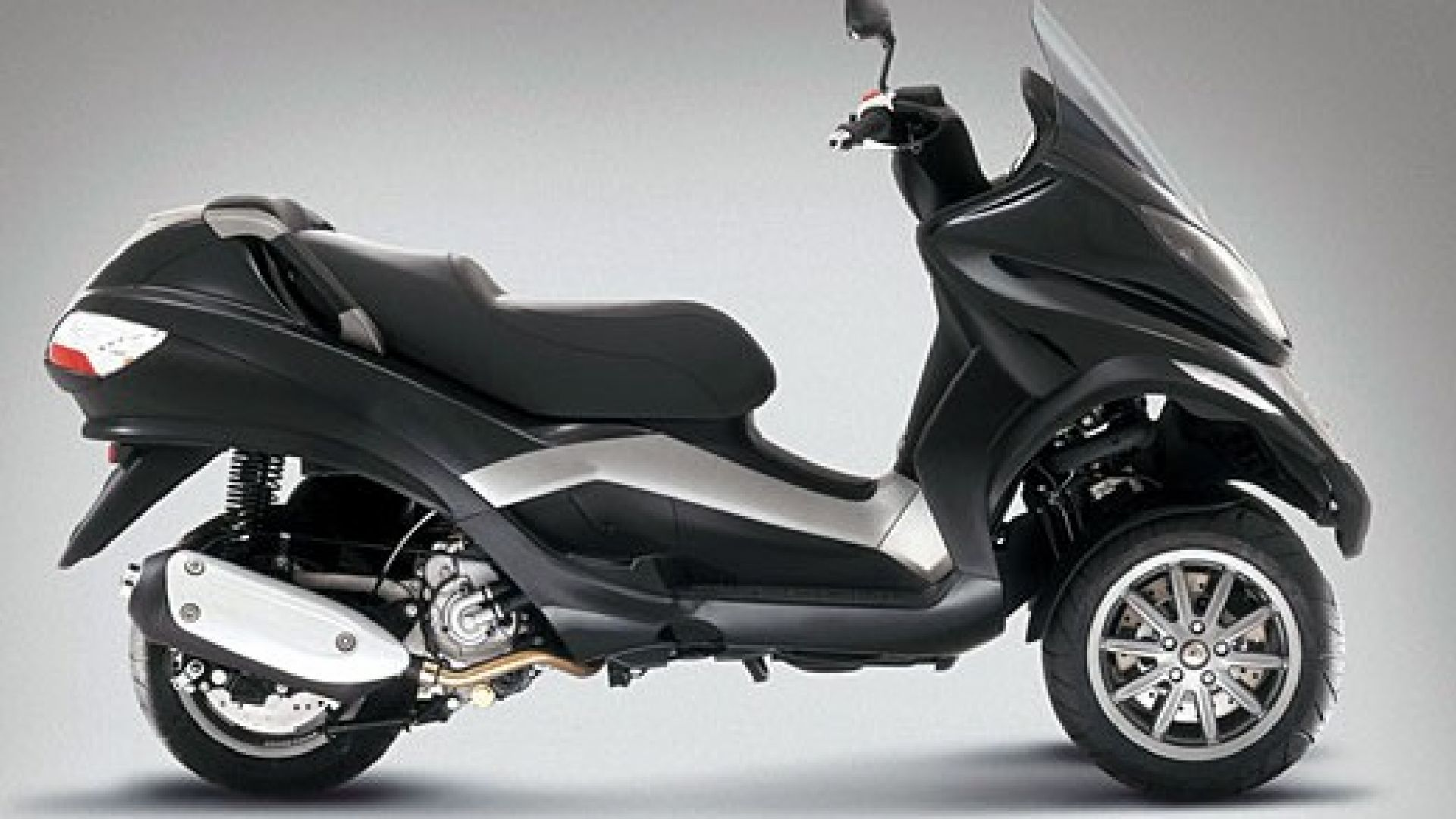 Immagine 3: Piaggio MP3, lo scooter con tre ruote