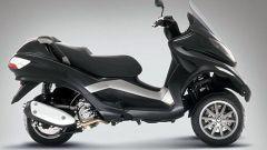 Piaggio MP3, lo scooter con tre ruote - Immagine: 4