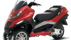 Piaggio MP3, lo scooter con tre ruote - Immagine: 5