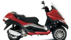 Piaggio MP3, lo scooter con tre ruote - Immagine: 7