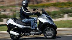 Piaggio MP3, lo scooter con tre ruote - Immagine: 31