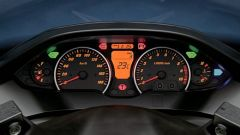 Suzuki Burgman 400 K7 - Immagine: 17