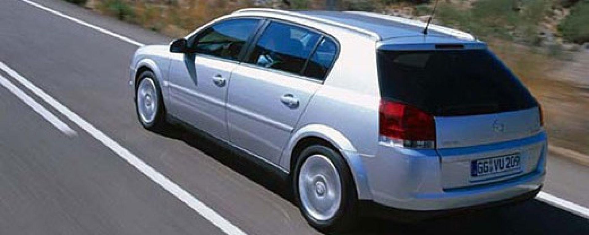 Le Opel si gasano