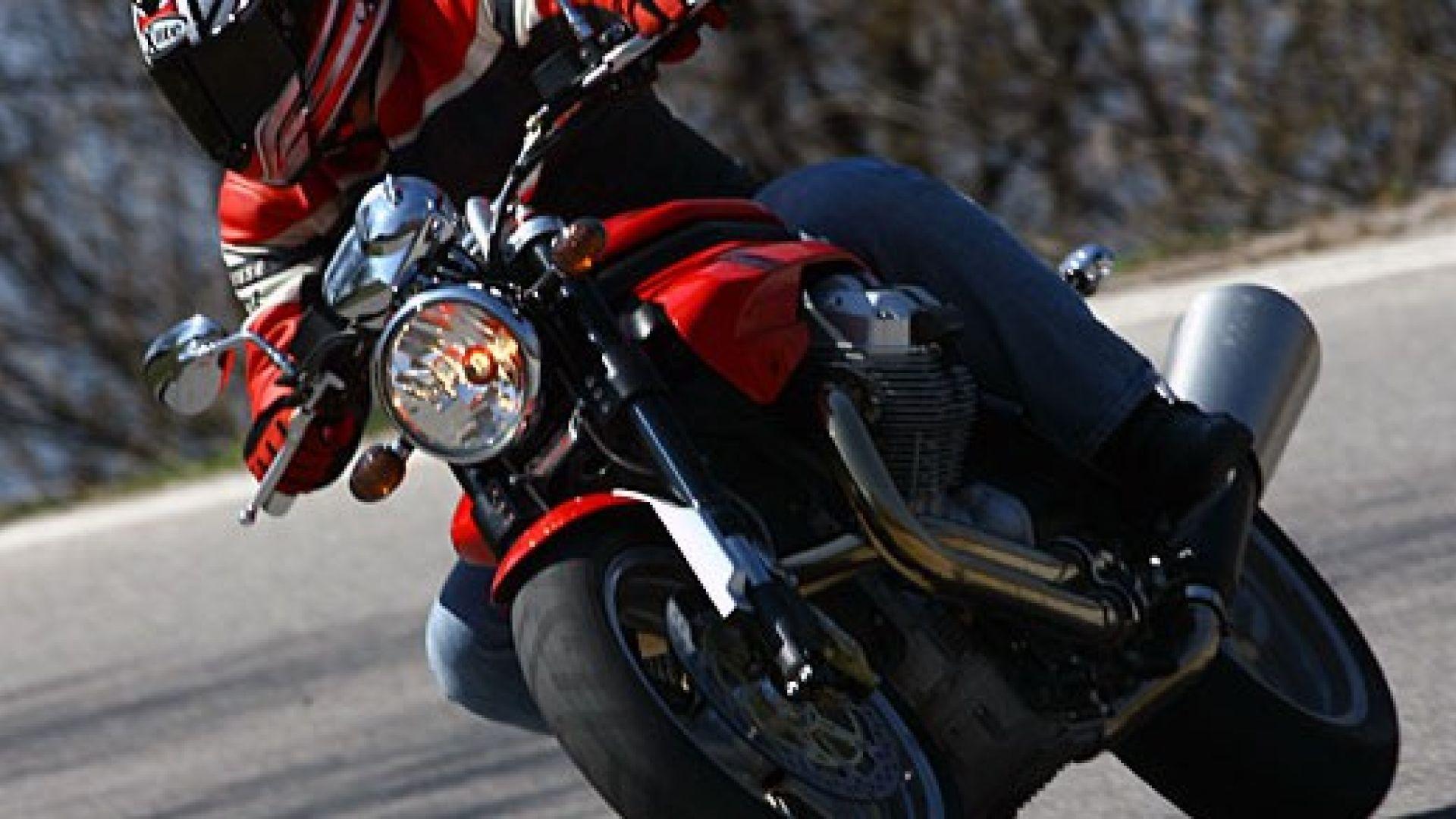primo contatto:: moto guzzi breva & griso 850 - motorbox