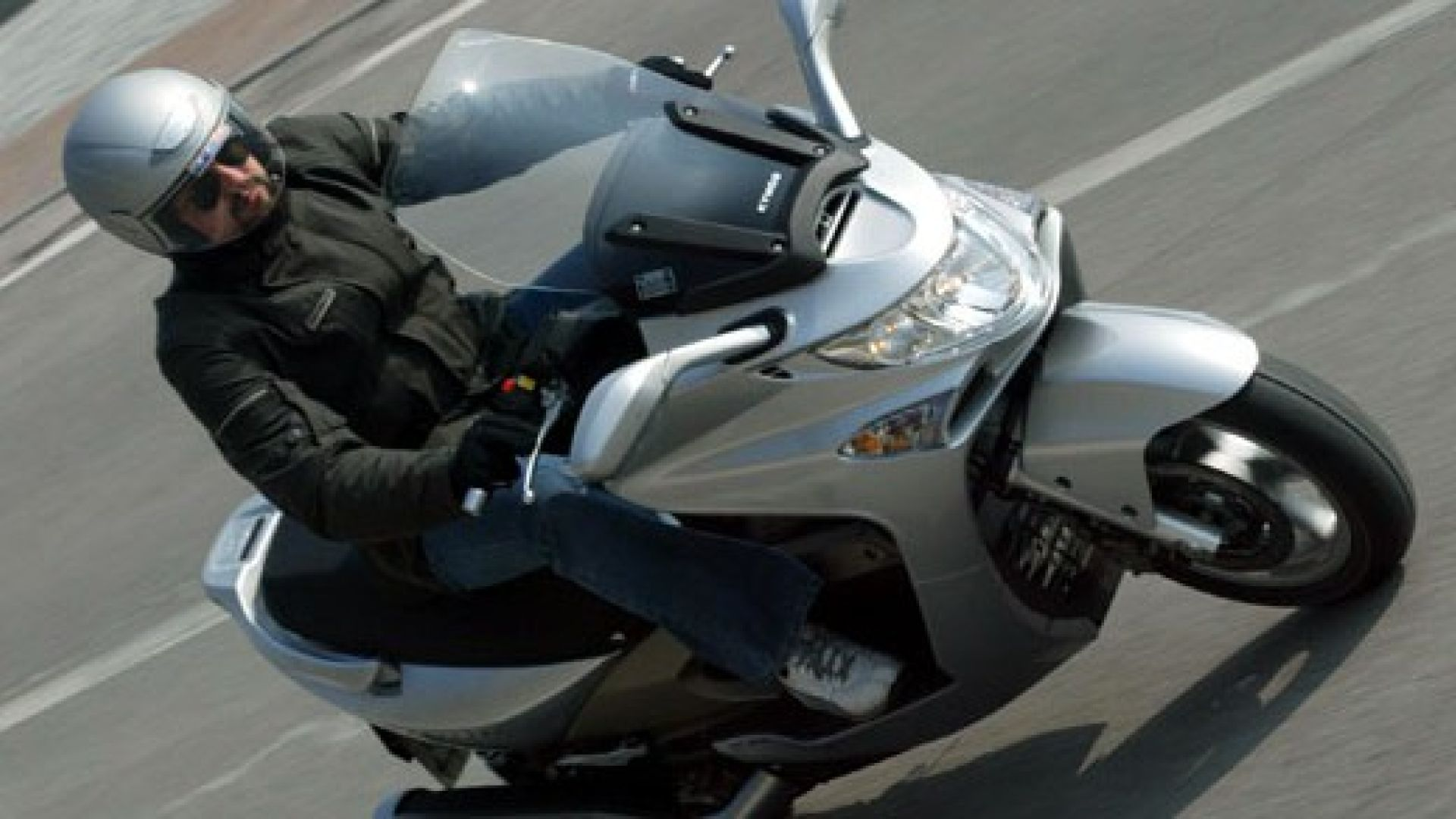 test drive: kymco xciting 500 - motorbox