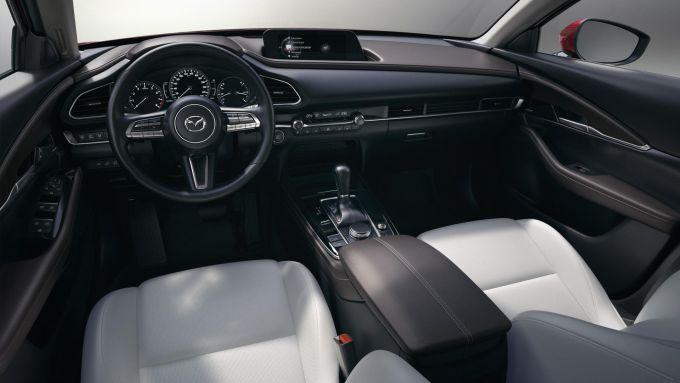 Mazda CX-30: al via le prevendite con prezzi da 24.750 euro