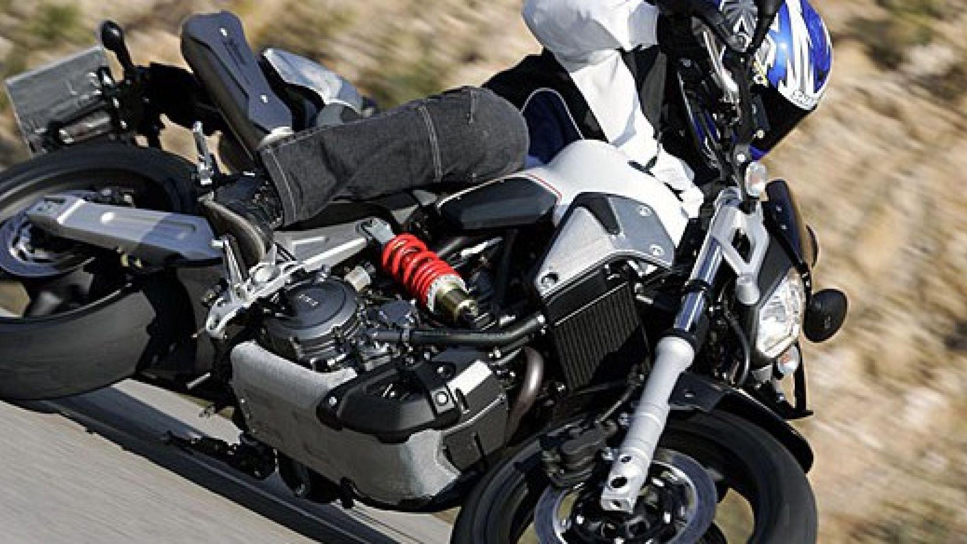 Immagine 3: Yamaha MT-03