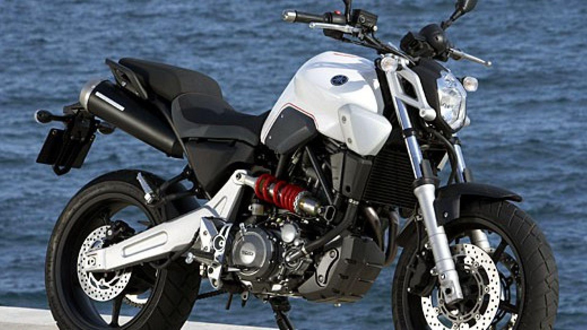 Immagine 12: Yamaha MT-03